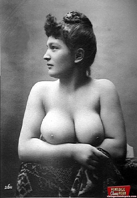 Retro Vintage Big Natural Tits