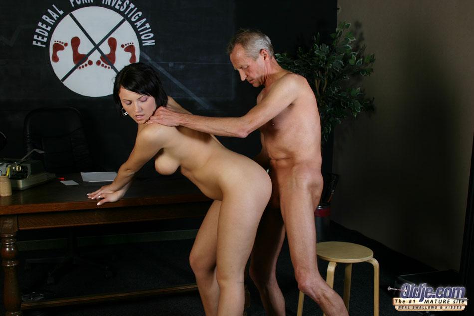 Ameture bouncing boob porn