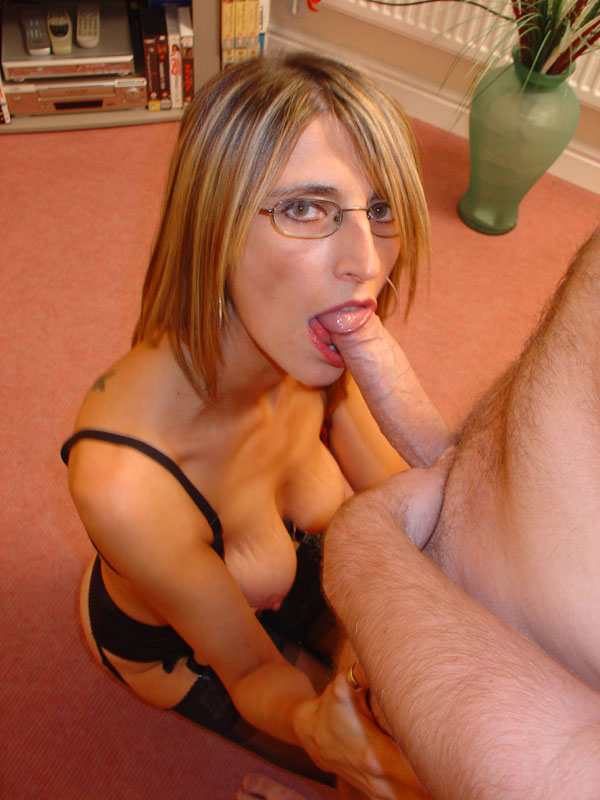 Amateur double dildo husband and wife 6