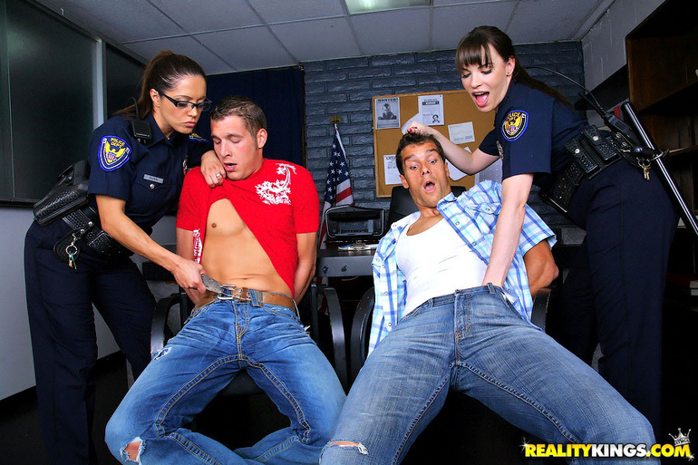 hot police fucking babes