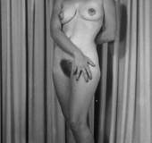 Beautiful vintage ladies showing their sexy naked…