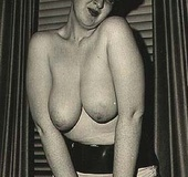 Sexy vintage ladies with big natural breasts…