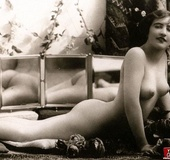 Hairy and vintage classic women old times pictures…
