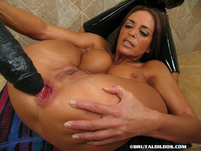 Cindy and athena meet the world039s biggest jerk - 2 part 4