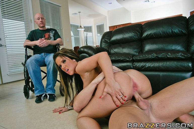 Moms Housewives Fucking Guys 47