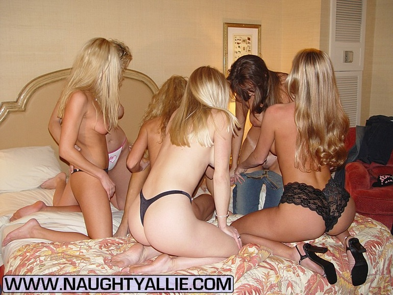 Housewive porn - Orgy With Seven Pussy - XXX Dessert - Picture 4