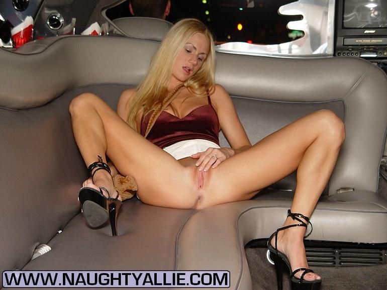 goth girls sexy nude