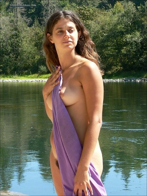 Xxx voyeur. Beautiful young, brunette gi - Picture 5