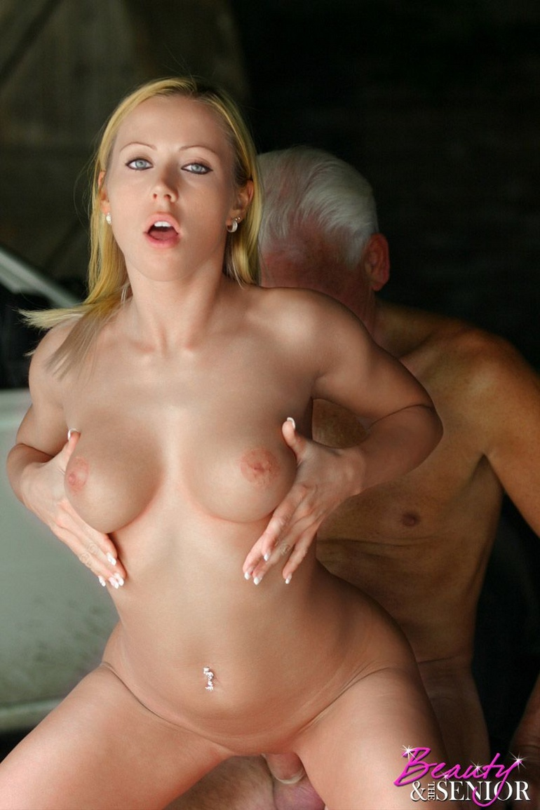 25year old hottie takes a gooey double facial 4