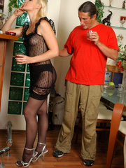 Old men fucking young girls - Unabashed - XXX Dessert - Picture 4