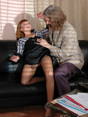 Old men fucking young girls - Leggy - XXX Dessert - Picture 8