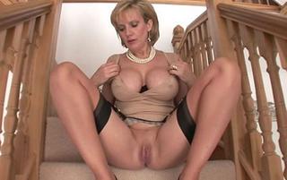 lara-croft-naked-porn-imagefap-pooping-nude-girls