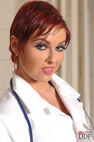 nasty nurse graziella diamonds
