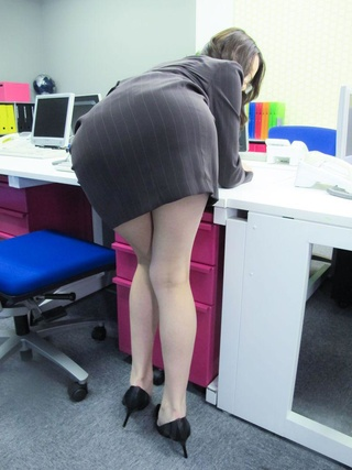 slutty asian secretary mouth