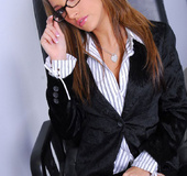 Hot pornstar Jenna Haze sucking dick at the office