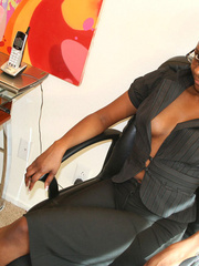 Naughty black girl amateur secretary - XXX Dessert - Picture 2