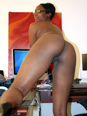 Naughty black girl amateur secretary - XXX Dessert - Picture 13