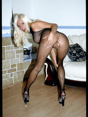 British amateur wife in crotchless bodypantyhose - XXXonXXX - Pic 2