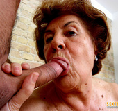 Sex starving brunette granny gets both her holes…