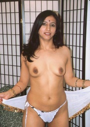 Sweet Indian model Gupet strips off her clothes and take cock cramming from both ends