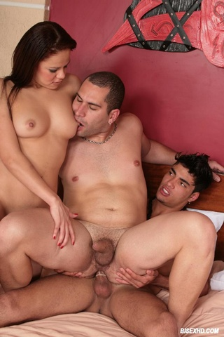 Онлайн порно фото бисексуалы 15201 фотография