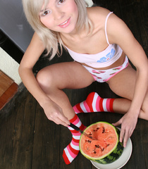 Awesome xxx pics of sweet teen girls spreading - XXXonXXX - Pic 7