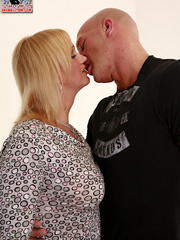 She male - Shemale Yum - XXX Dessert - Picture 4