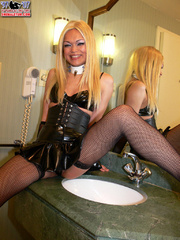 Trannie - Shemale Yum - XXX Dessert - Picture 3