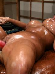 Nude midget women on x hamster