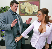 Big Titted hottie fucking an employee after a…