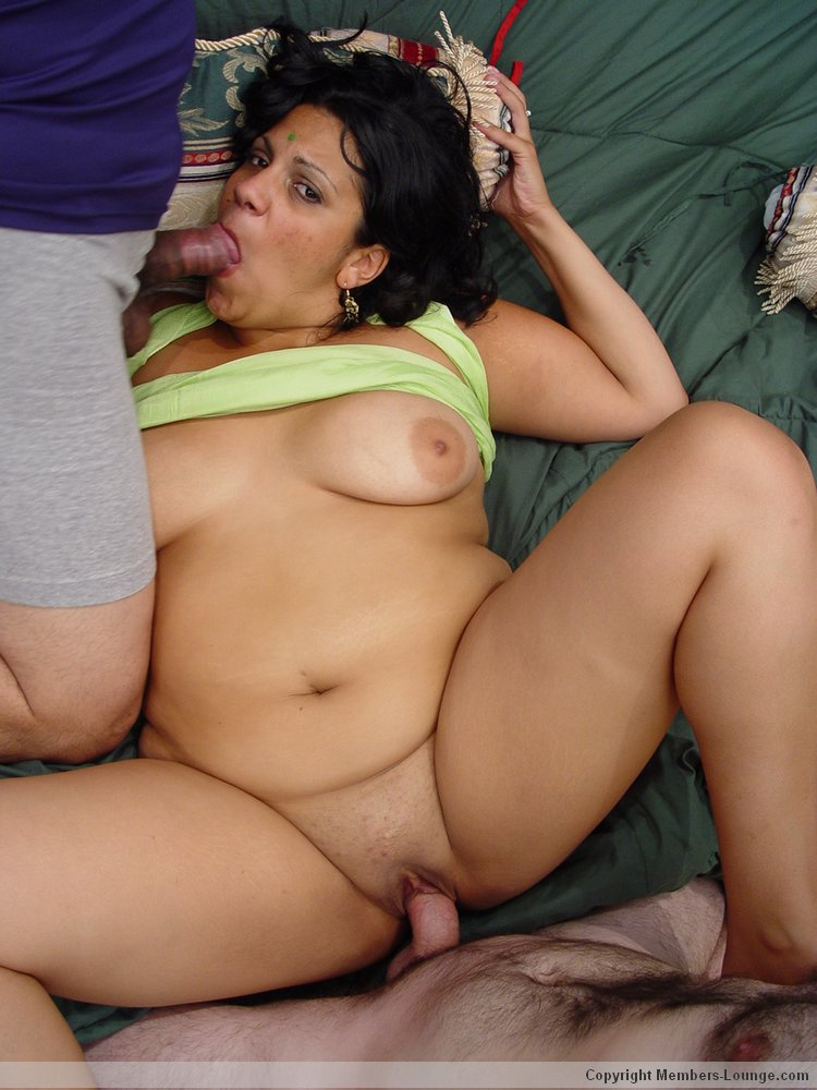 indian desi virgin girl naked pictures