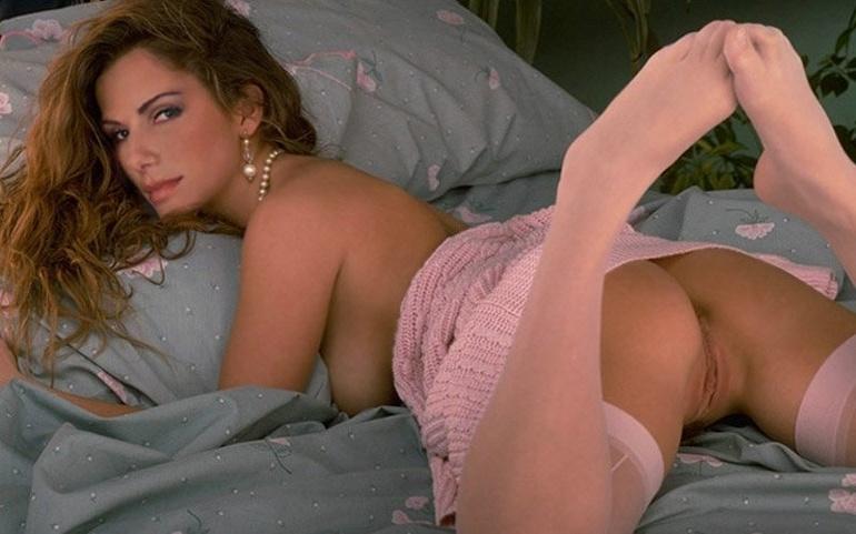 Sexy sandra bulluck desnuda