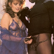 Horny lady catches a black retro - Classic - XXX Dessert - Picture 6