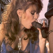 Horny lady catches a black retro - Classic - XXX Dessert - Picture 7