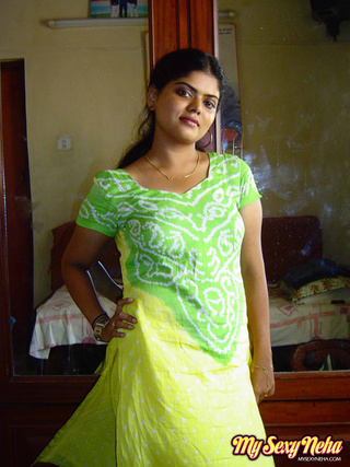 neha green and yellow