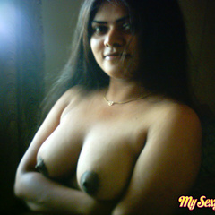 Neha in green and yellow Indian - India - XXX Dessert - Picture 10