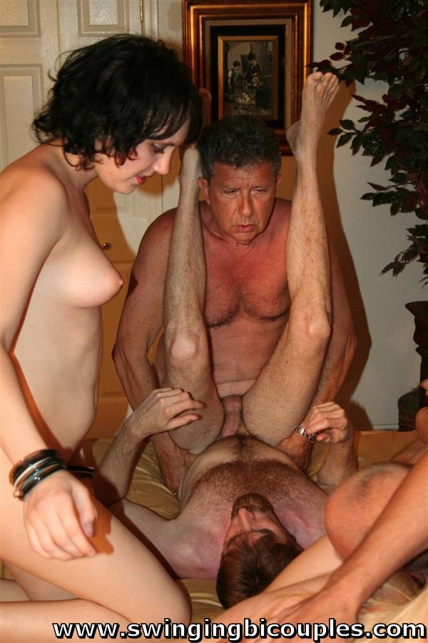 Bisexual swingers party