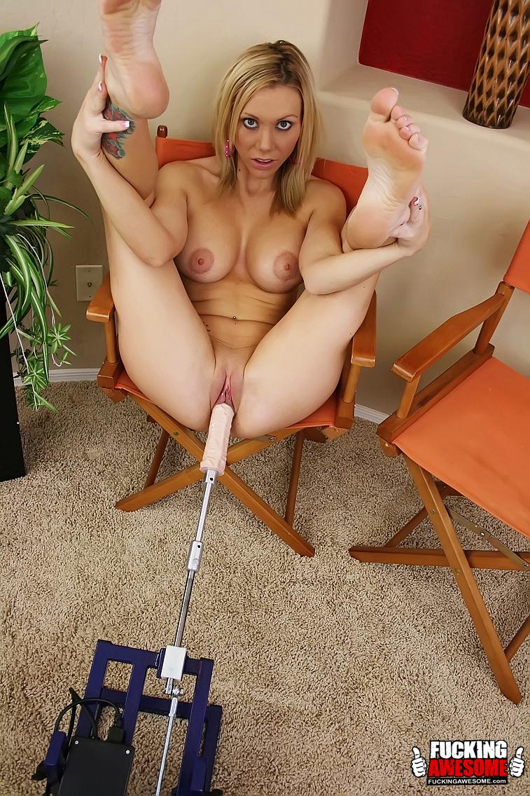 Superstar Perfect Body Nude Girl Jpg