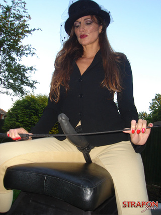 strapon jane riding outfit