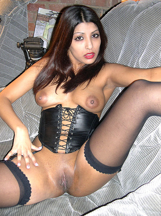 Uk indian pussy