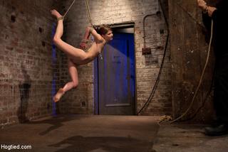 hot contortionist girl-next-door sensi