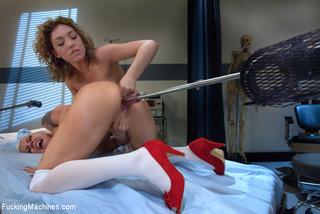 lesbians licking fucking dildo