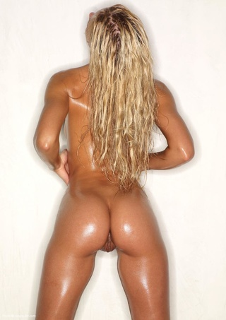 hottest blonde girl oiled