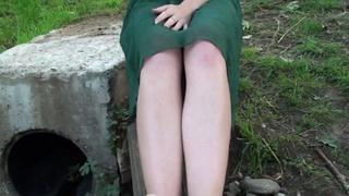 perfect feet teen hottie