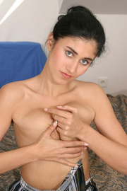 Young Indian Girl With Small Tits Toying On Sofa
